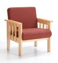 Burrard fauteuil avec structure en bois et coussins rouges